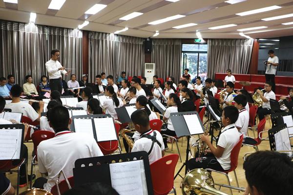 学校管乐团展示