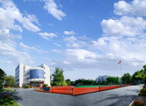 河南省郑州市第十九中学